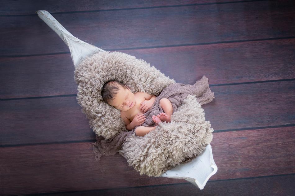 Babyfotograf-Babyfotoshooting-Neugeborenenbilder-Fotograf-BadSaeckingen-Basel (11 von 11)-2