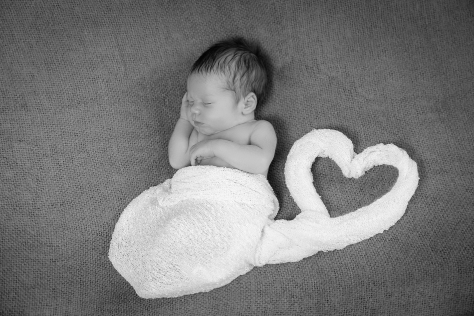 Babyfotograf-Babyfotoshooting-Neugeborenenbilder-Fotograf-BadSaeckingen-Basel (7 von 11)