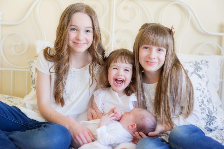 Familienfotoshooting-Basel-Bruderholz-Fotograf-Familyphotography (2 von 16)