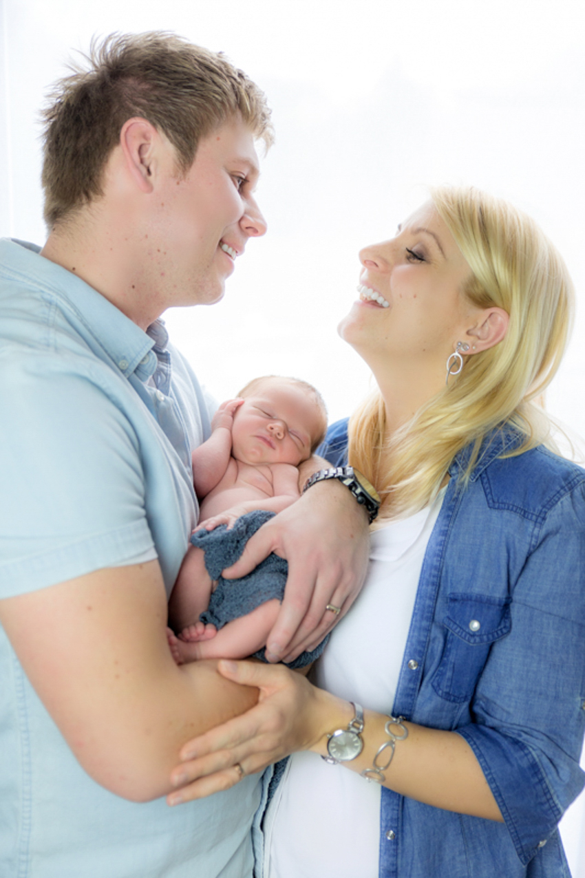 Newbornshooting-Rheinfelden-Fotograf-Familienbilder Kopie