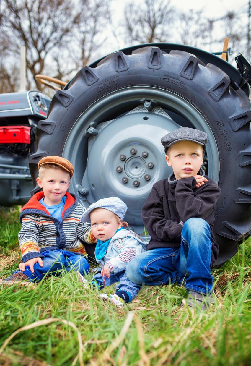 Geschwisterbild Traktor