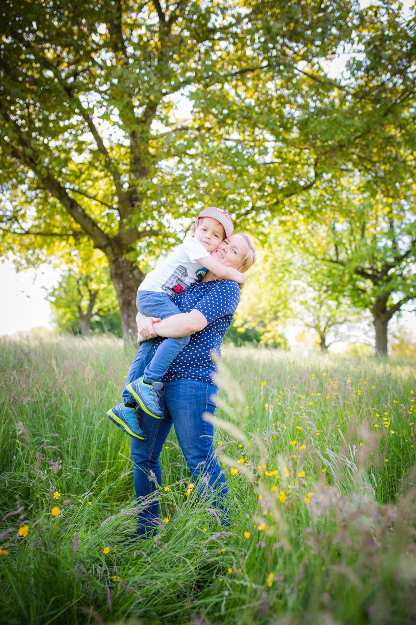 Mutter und Sohn Familienfoto Basel